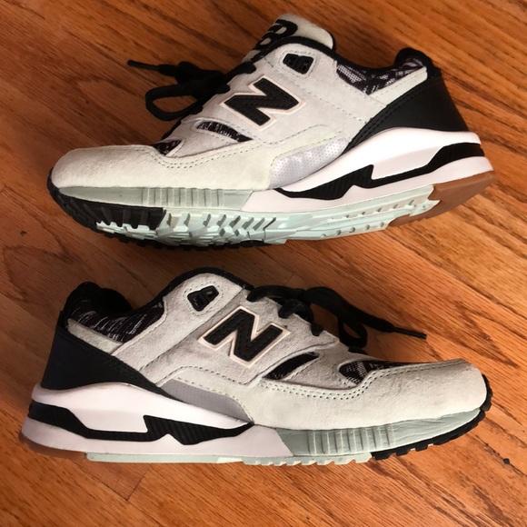 New Balance Shoes - Geometric print New Balance